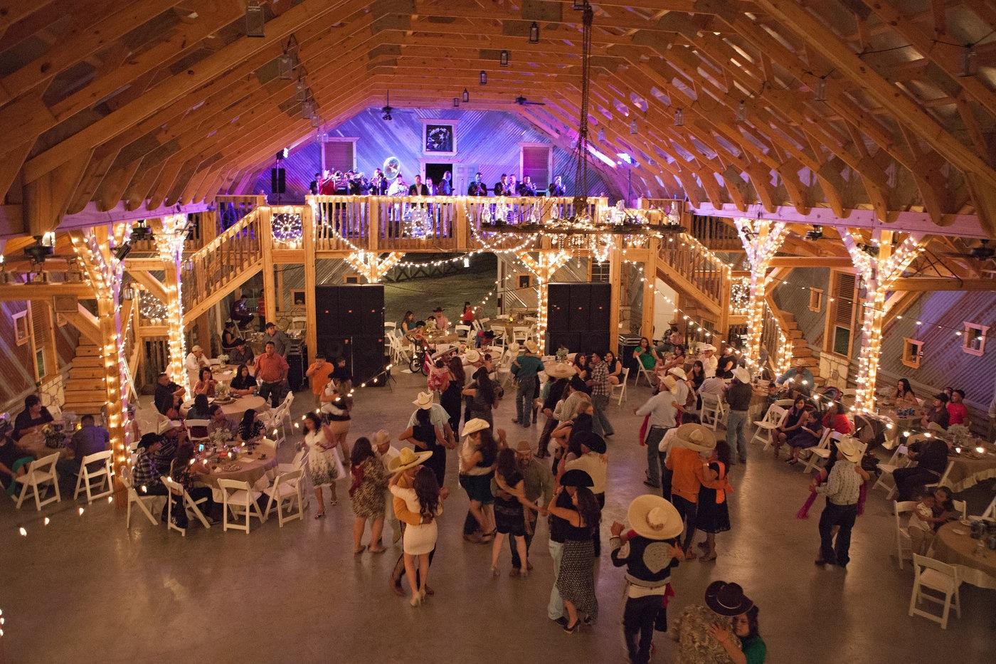 Wedding Event Venue Jones Barn Llc In Cleburne Tx